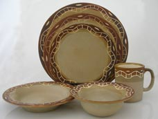 traditional style and earth color table set, juego de vajilla en colores tierra y dise�o tradicional