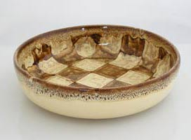 chekered deco serving bowl, platon de servicio con decoracion a cuadros